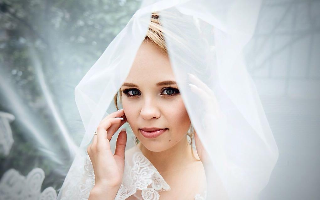 Свадебная прическа и макияж Минск